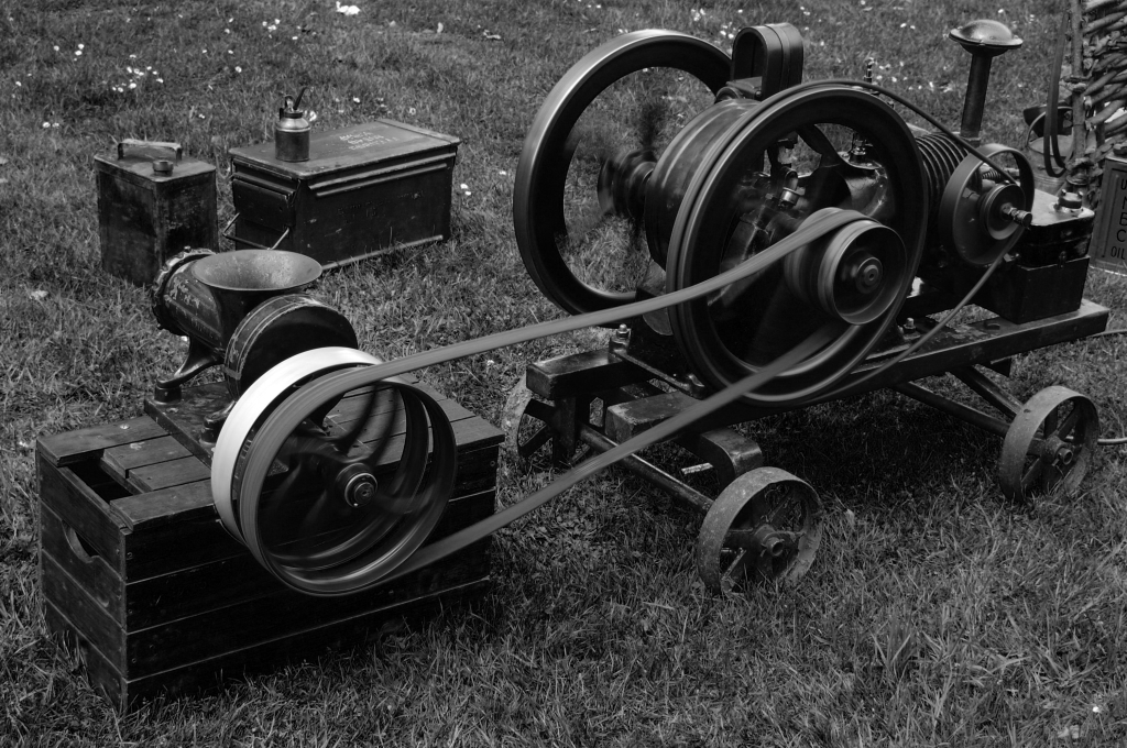 Belt-driven machine