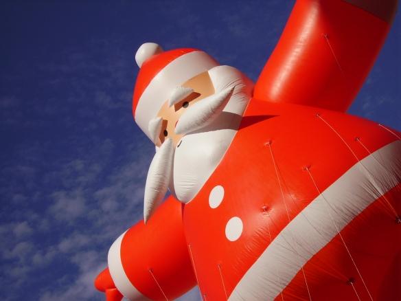 Santa Float - Nieman Marcus Christmas Parade - Dallas, Texas - 12-03-2006