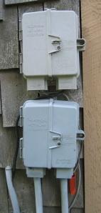 MPOE - demarcation point - network interface device - Wikimedia Commons