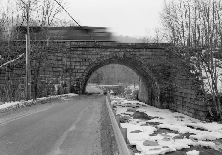 STONE SIDE ELEVATION LOOKING SOUTH, WEST BOUND TRAIN LOCOMOTIVE IN MOTION - Bancroft Bridge, Middlefield, Hampshire County, MA